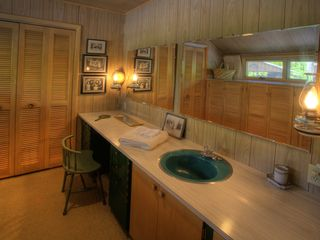 Traverse City cabin photo - .Dressing room off of master bedroom