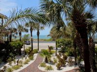 Beach Views Paradise Found 1 Br Sleeps 2 Pass-A-Grille Wifi
