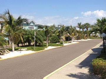 BareFoot Beach Resort is nice and very well maintained