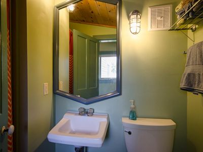 York Beach property rental - Bathroom 1