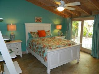 Key Colony Beach house photo - Bedroom with queen bed - lovely bedding in all bedrooms!