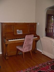 Play our lovely Hinze piano -- Well-tuned