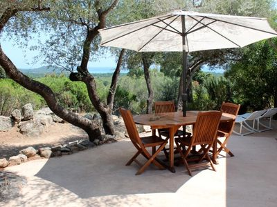 Porto -Vecchio, mini air-conditioned villa with sea view in quiet, leafy residence