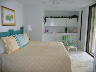 Southside condo photo - 2nd Bright & colorful bedroom with oceanfront balcony & vanity (twins or King)