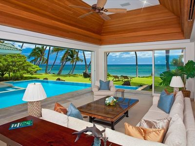 Pool-side, Ocean Front and Open-air Living!