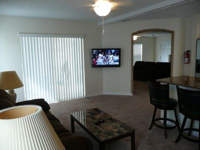 "The Hamlets house rental - Family Room with 37"" Flat Panel TV"