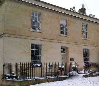 Beautiful Georgian House Near Bath Sleeps 6-8