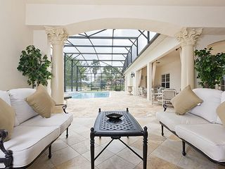 Formosa Gardens villa photo - Summer Kitchen through to pool deck