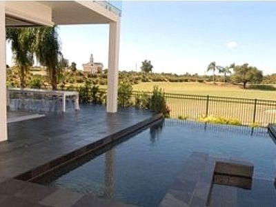 Reunion villa rental - Huge pool and spa with infinity edge