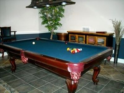 Annapolis house rental - Lower level pool table