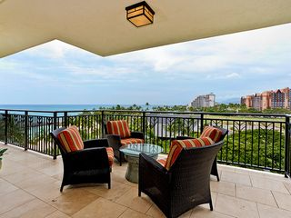 Ko Olina villa photo - Full ocean view lanai, with seating for 4