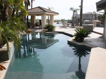 Discovery Bay house rental - Pool, cabana and outdoor kitchen