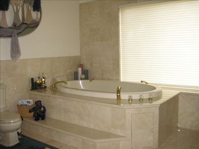 Ahhh... jacuzzi bathtub in the master bath