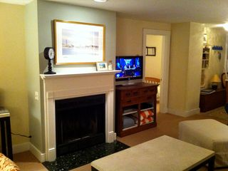 Marblehead apartment photo - Living room