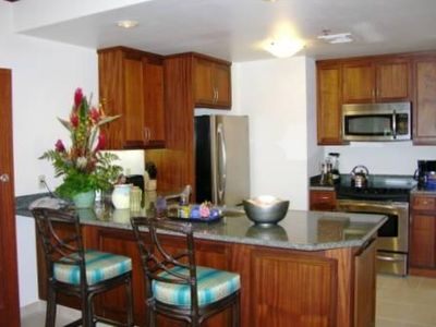 MARRIOTT'S LAHAINA TOWER - Convenient Full Service Kitchen