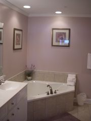Isle of Palms condo photo - Spacious luxury master bath - double vanity sinks - jetted tub - separate shower