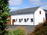 THE OLD DAIRY, pet friendly, with a garden in Allensmore, Ref 1283
