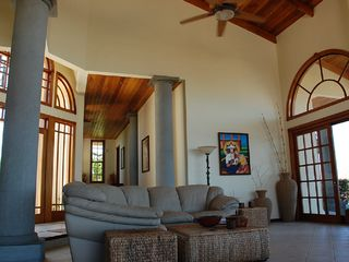Playa Hermosa house photo - Huge Vaulted Ceilings