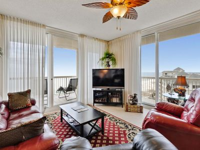 Bristol 1810 is a corner unit with sweeping views!