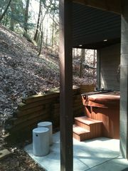 Saugatuck / Douglas cottage photo - private hot tub runs year round