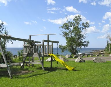 Stroll kids/grandkids to nearby Tofte Town Park; gaze upon Lake Superior