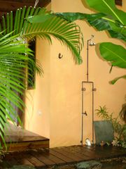 St. Paul cottage photo - Outdoor shower