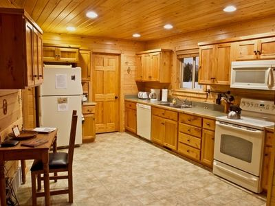 West Yellowstone house rental - Kitchen, fully stocked with condiments, paper goods, cooking tools/appliances
