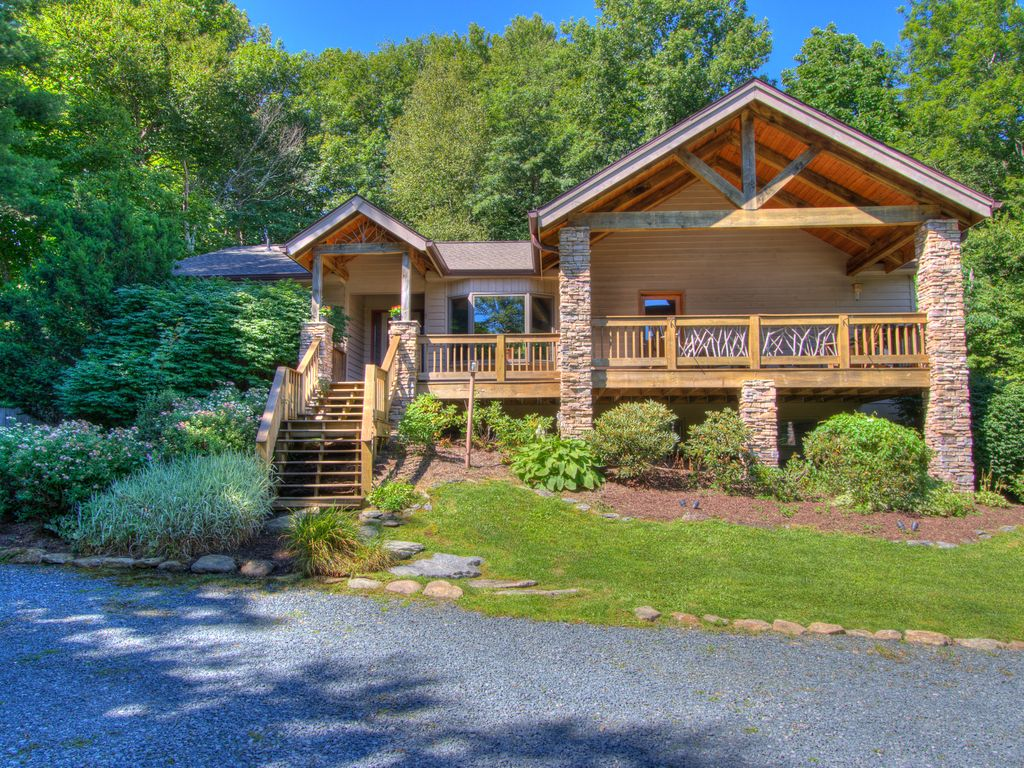 Spring special private mountain vrbo for Cabin rentals near blowing rock nc