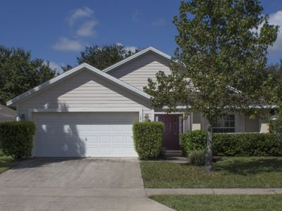 Free Wifi - Privacy Fence Around Pool - 15 Minutes to Disney - Enclosed Heatable Pool