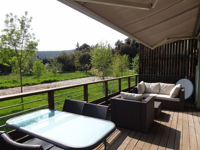 200m from the beach and pool shops, garage, 4 bed, beautiful view of the park