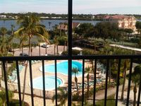 Exquisitely Renovated - Harbor Towers Yacht & Racquet Club (2 Week Min Visit)