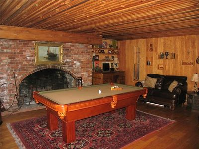 Idyllwild lodge rental - Lily Rock Billiards Room