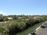 Condo Overlooks The Waterway And Walking Distance To Beaches And Restaurants.