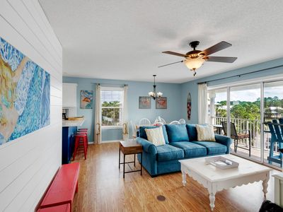 3BR 2BA - NEWLY RENOVATED! No road to cross & less than 2 min walk to beach!