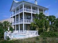 5 Bedroom 3.5 Baths + Pool on Beachside of 30A- 100 yards to Beach