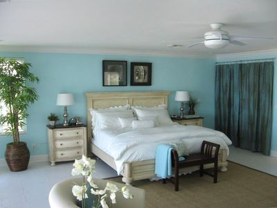 Master Bedroom with panoramic view of the Gulf of Mexico