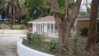 Nassau & Paradise Island cottage photo - Drive to the cottage all of road and private