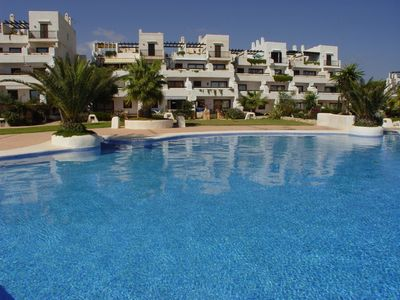 Beautiful apartment with swimming pool close to the Marina