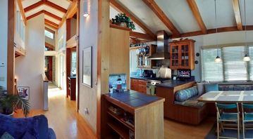 Pleasure Point house rental - Beautiful high open beam ceilings with natural light