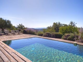 Gordes farmhouse photo - Pool and Sunbathing