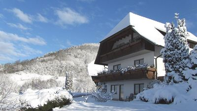 Guest-house 'Haus Wussler' in winter