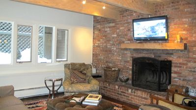 Wood burning fireplace - new flat screen with cable tv