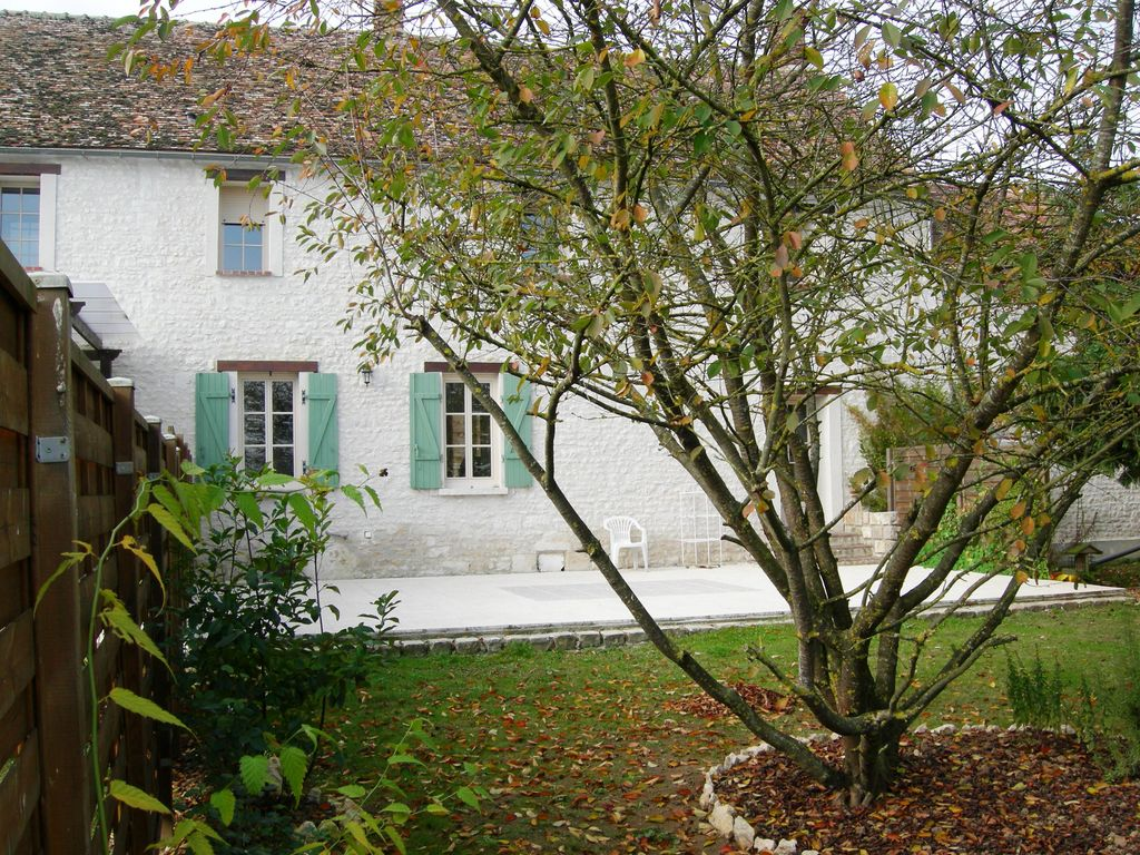 Holiday house 249289, Château-landon, Île-de-France