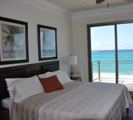 Nassau & Paradise Island townhome photo - Master bedroom.