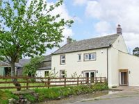 CHIMNEY GILL, family friendly, with a garden in Penrith, Ref 9984