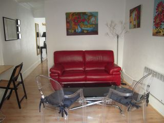 4th Arrondissement Pompidou Le Marais apartment photo - living room