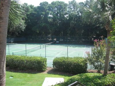 Villa Tennis Courts
