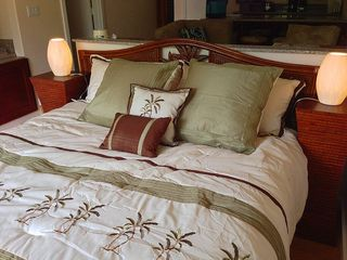 Princeville condo photo - You'll sleep soundly on this California King bed