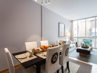 Quiet & bright Flat In Modernist Example near Paseo De Gracia, Sagrada Familia