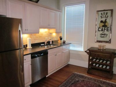 Downtown Suite, Fully Furnished,  2-bedroom/2 bath (2 units available ,inquire)